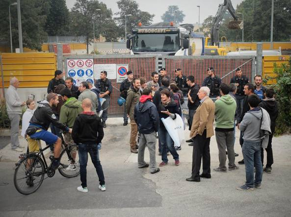 """Blocchi #NoCanal ai cantieri della """"via d'acqua"""""""